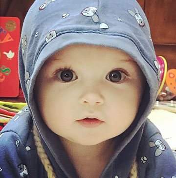 Cute Kid Contest's baby photo contest $1,000 winner has wide eyes